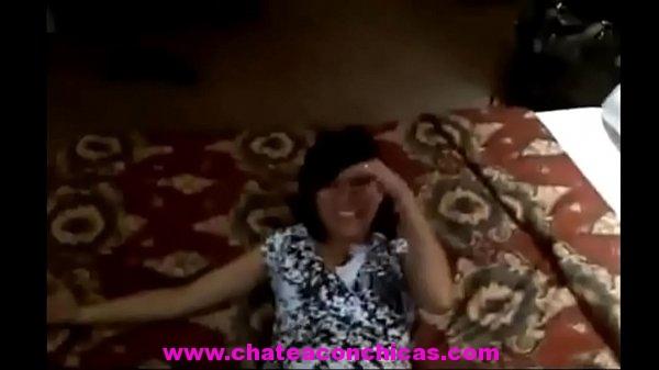 Maestra cogida en hotel es grabada y expuesta por puta