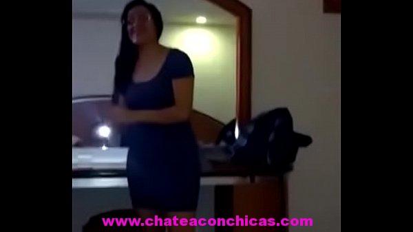Maestra puta es despedida despues ser vista en este video