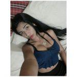 Hermosa chica chichona se toma fotos desnuda y las sube a internet